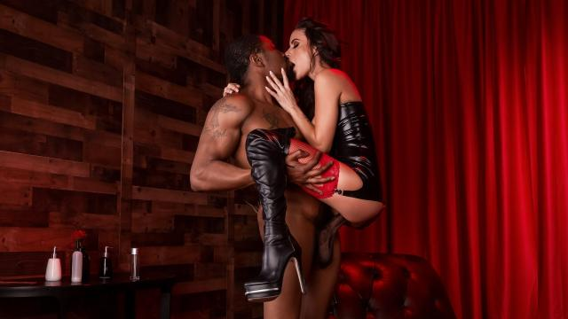Red Light Romp [Isiah Maxwell, Gia Dimarco / 2020-04-25]