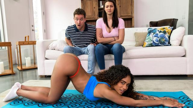 (Brazzers Exxtra / Brazzers) Rough And Raunchy Group Fuck [Van Wylde, Bella Rolland, Scarlit Scandal / 2020-05-25]