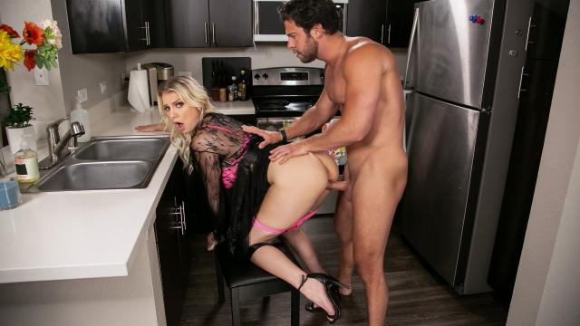 (Day With A Pornstar / Brazzers) Kenzie Chooses Dick Over Dishes [Kenzie Taylor, Seth Gamble / 2020-05-31]