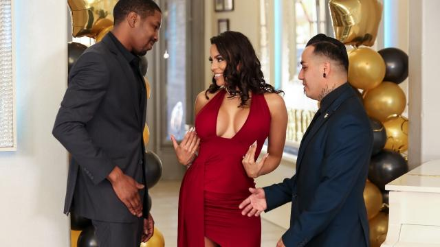 (Real Wife Stories / Brazzers) Reunited And She Looks So Good [Luna Star, Isiah Maxwell / 2020-07-02]