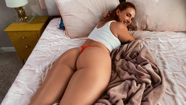 Siri Gets Caught And Fucked By Her Roomie [Siri Dahl / 29.10.2020]
