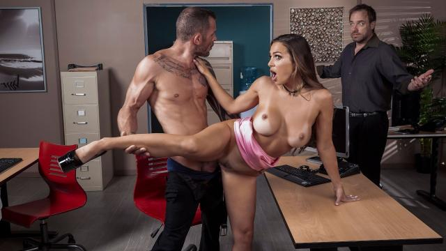 First Impressions Are Important [Abigail Mac, Scott Nails / 18.10.2019]