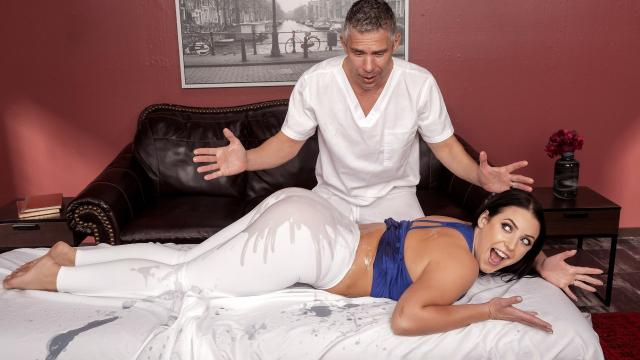 Assential Oil [Mick Blue, Angela White / 30.12.2019]