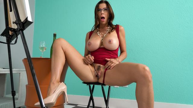 (Milfs Like it Big / Brazzers) One Final Stroke [Johnny Castle, Alexis Fawx / 2020-12-10]